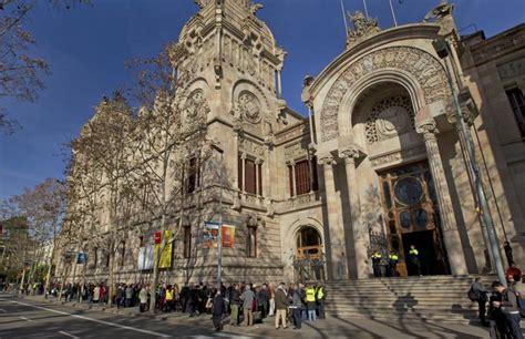 El Ple municipal de Sant Boi reclama que no es traslladin ...