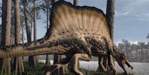 El primer dinosaurio semiacuático   National Geographic en ...