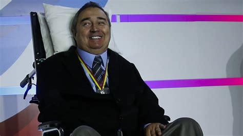 El profe Montoya se pone de pie después de 14 años   AS ...