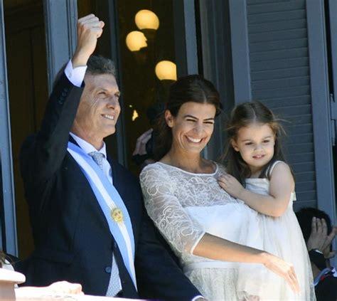 El rey Juan Carlos asiste a la toma de posesión de ...