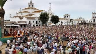El Rocío acoge la peregrinación de 12 hermandades filiales