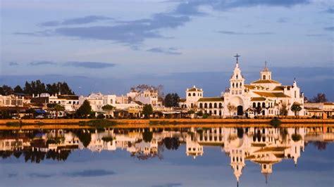 El Rocío y otras nueve buenas razones para visitar Huelva ...