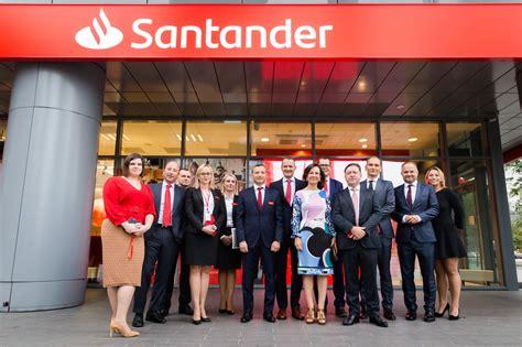 El Santander impone su marca en Polonia ...