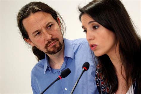 El secretario general de Podemos, Pablo Iglesias , y su ...