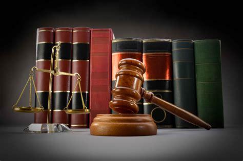 El seguro presta 200.000 veces al año asistencia legal a ...