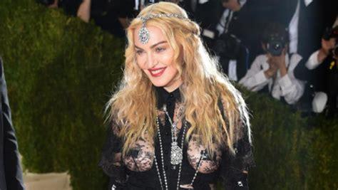 El 'pastizal' que cobrará Madonna por cantar dos canciones ...