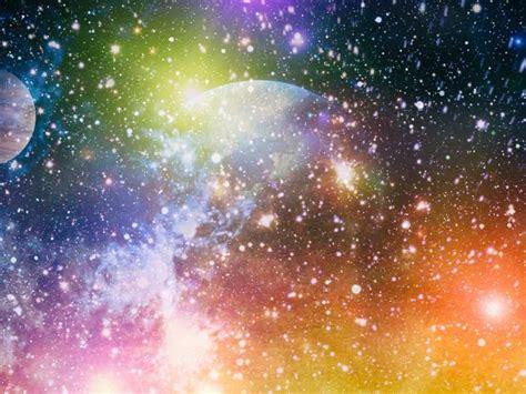 ¿El universo rota?