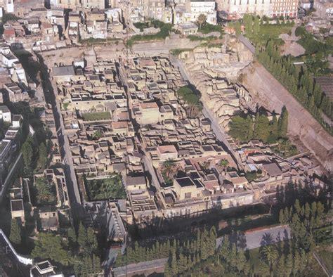 El viaje de Atenea: El Vesubio: Pompeya, Herculano y Estabia