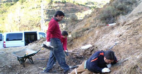 El Vinosaurio: Nueva excavación de Dinosaurios en el ...