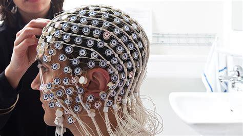 Électroencéphalogramme : définition, comment se déroule l ...