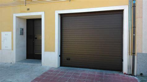 Elegir la puerta de garaje perfecta   Puertas metálicas ...