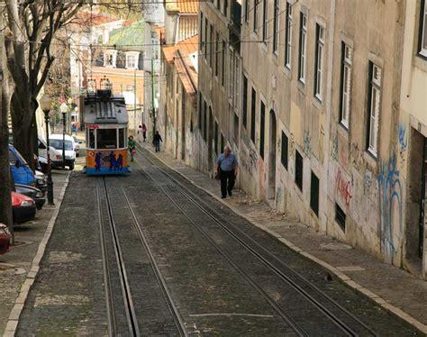 Elevador da Gloria   Lisbon | Portugal Travel Guide Photos