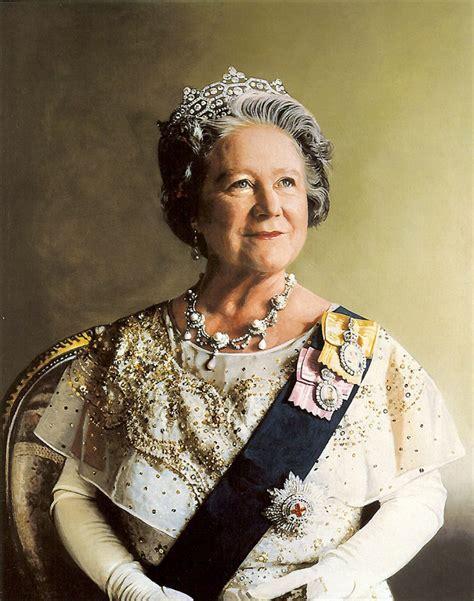Elizabeth Bowes Lyon   Wikipedia