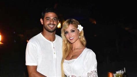 Ella es Saoia Cañibano y es la esposa del futbolista ...