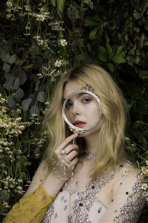 Elle Fanning photo gallery   722 best Elle Fanning pics ...