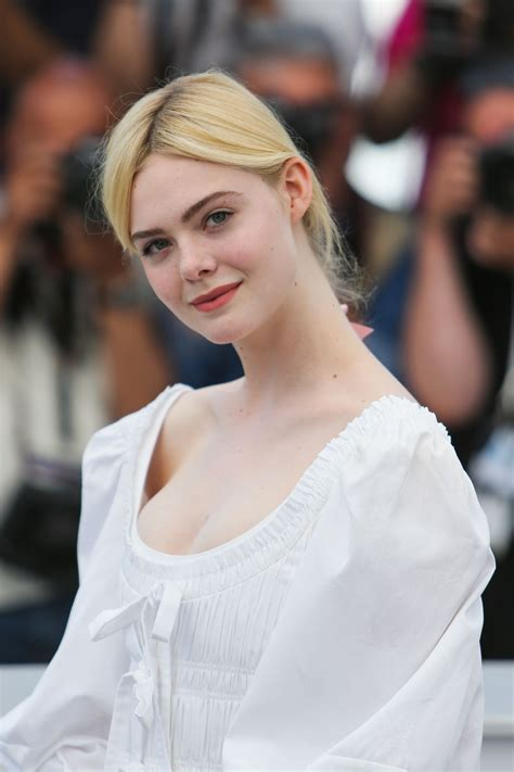 Elle Fanning    The Beguiled  Photocall at Cannes Film ...