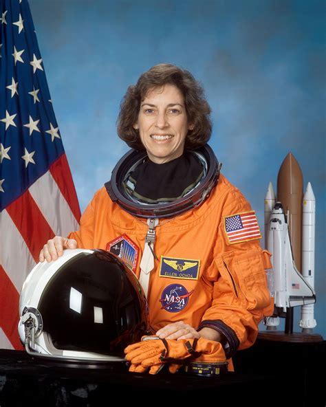 Ellen Ochoa   Wikipedia, la enciclopedia libre