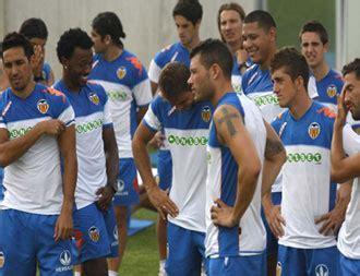 Emery:  La plantilla se ha regenerado con futbolistas que ...