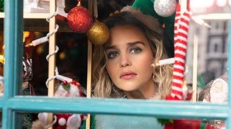Emilia Clarke es un elfo navideño en las primeras imágenes ...