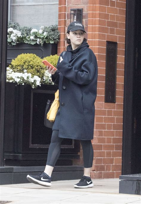 EMILIA CLARKE Leaves a Gym in London 04/08/2019 – HawtCelebs