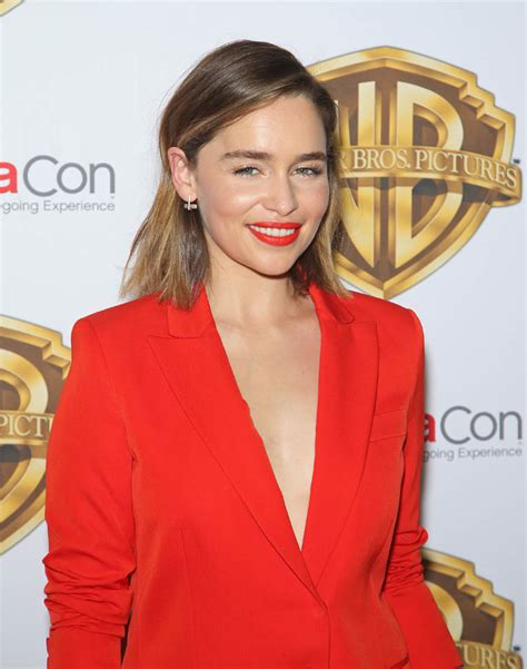 Emilia Clarke s red suit at CinemaCon|Lainey Gossip Lifestyle