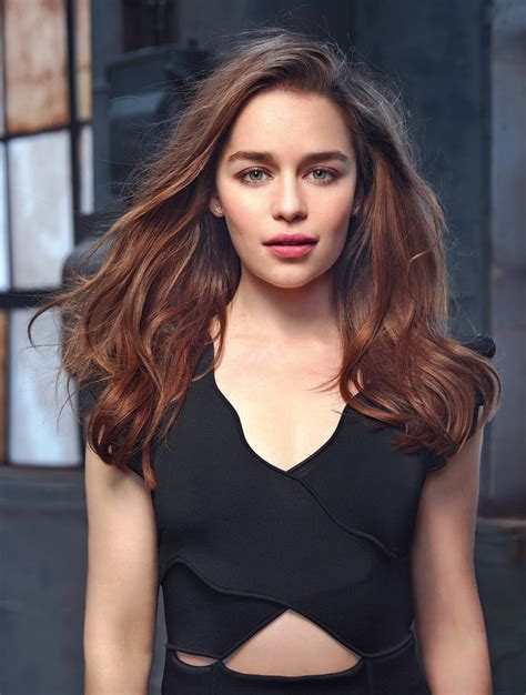 Emilia Clarke Wallpapers Images Photos Pictures Backgrounds