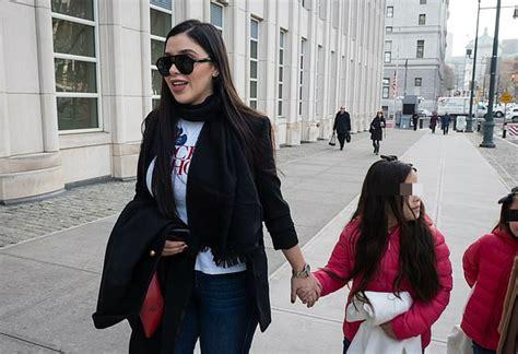 Emma Coronel y sus hijas reaparecen en audiencia del  Chapo