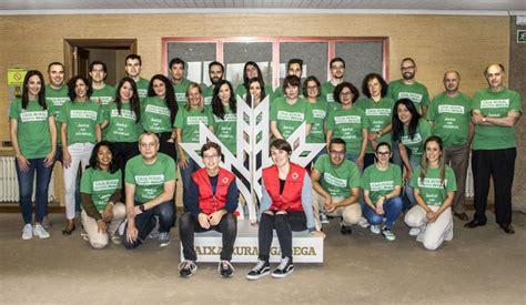 Empleados de Caixa Rural Galega muestran su lado solidario ...