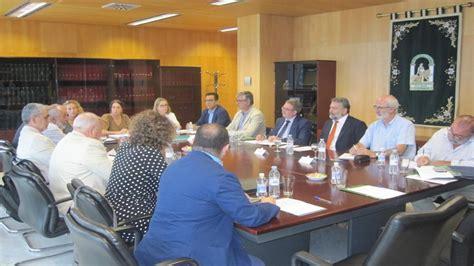 Empleo cifra en 128 los convenios colectivos en Cádiz de ...