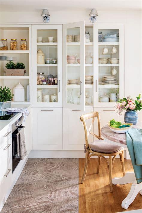 En la cocina | Alacenas de cocina, Cocinas y Muebles de cocina