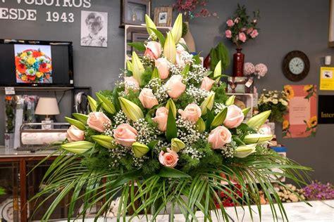 Encargar centro de flores para Difuntos en Ferrol