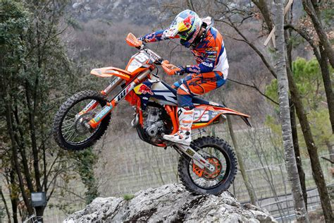 Enduro21   KTM's 2016 EnduroGP Team Unveiled