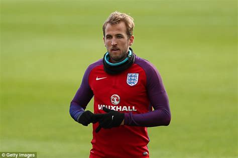England star Harry Kane desperate to score vs Scotland ...