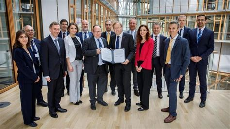Enhancing competitiveness of European space sector with ...