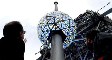 Ensayan descenso de la bola de cristal en Times Square
