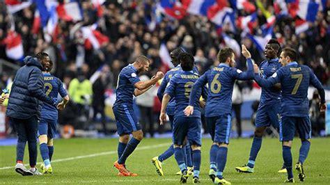 Entre disputas políticas, la Selección Francesa de Futbol ...