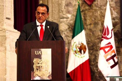 Entregan reconocimiento a Manuel Borbolla García ...