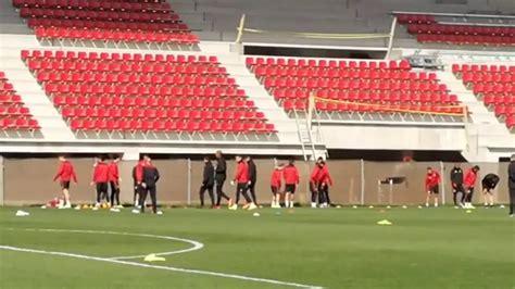 Entrenamiento del Sevilla FC  23/03/2017    YouTube