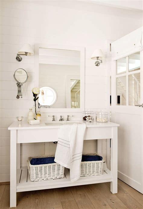 Envuelto en madera | Muebles de baño, Espejos para baños y ...