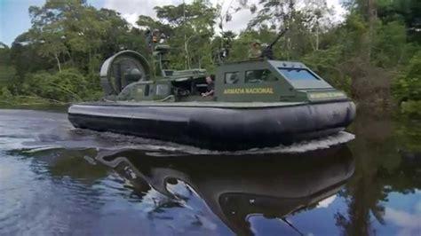 Equipados con Hovercraft, la Armada de Colombia combate a ...