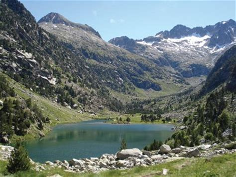 Escape the city   Catalunya s lakes and rivers ...