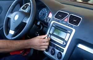 Escuchar fútbol al conducir es  peligroso    Taringa!