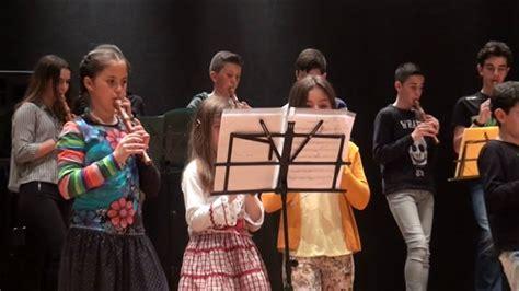 Escuela de musica Albeniz. Pupurri de Victor Manuel   YouTube