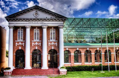 Escuela Rafael María Labra / Museo de Arte Contemporáneo ...