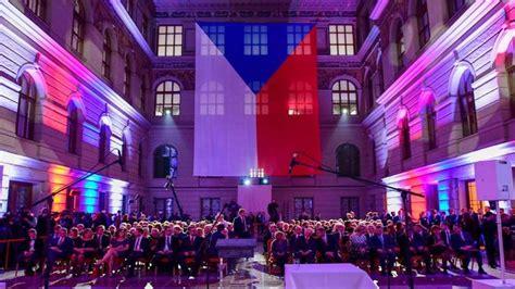 Eslovaquia y la República Checa conmemoraron el 30º ...