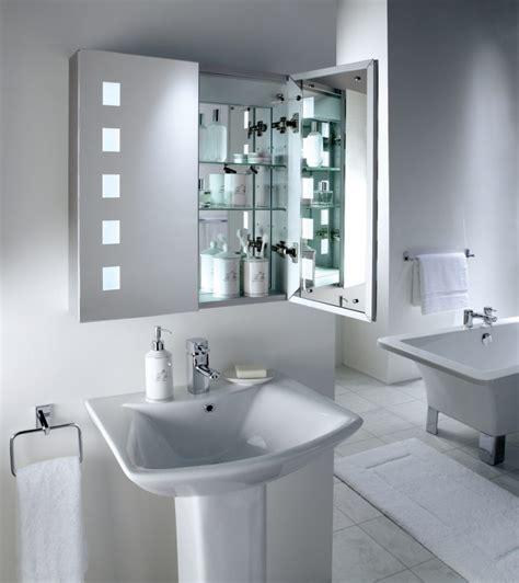 Espejo de baño con luz :: Imágenes y fotos
