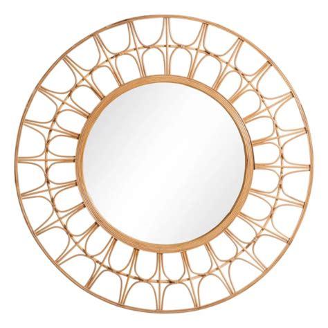 Espejo de pared redondo de ratán natural trenzado.