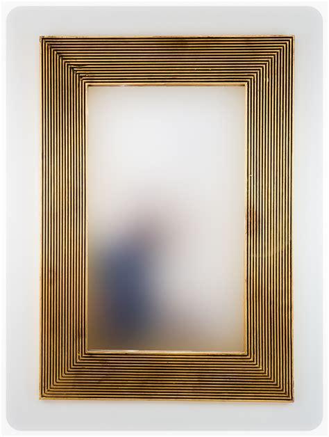 Espejo decorativo de pared en madera Garis Full Oro ...