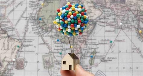 Esta pequeña casa de globos estilo «Up» te ayudará a ...