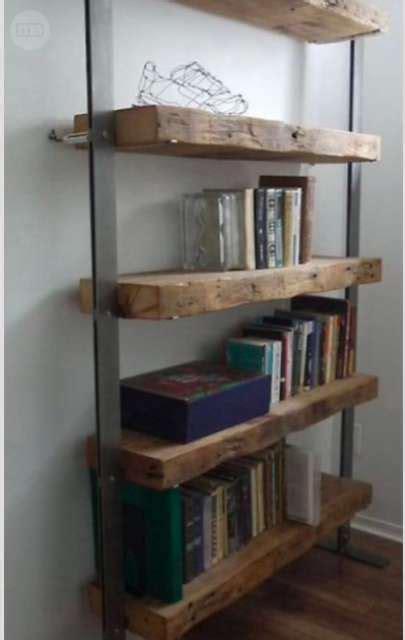 Estantería de hierro y madera maciza | Milanuncios